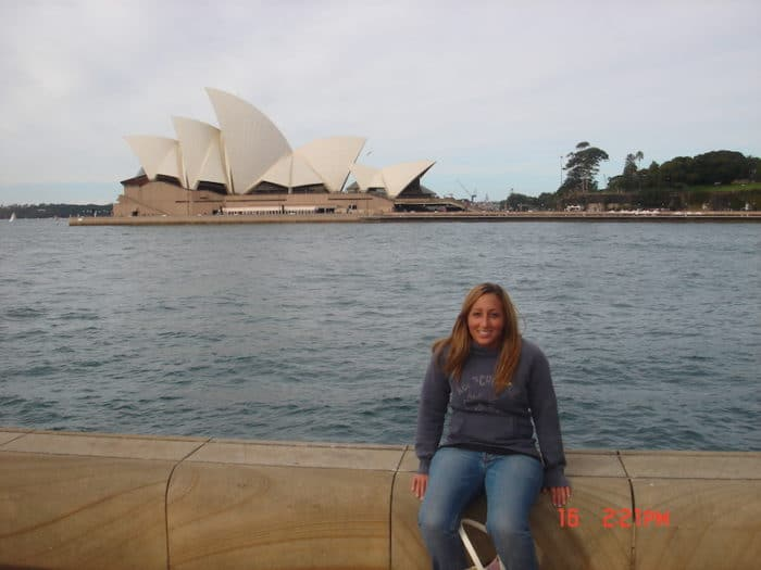 Girl in front of Sydney Opera House